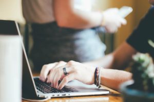 come scrivere un testo per il web